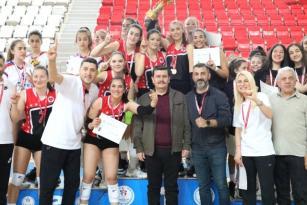Yıldızlar Kız Voleybol Türkiye Şampiyonası Final Müsabakaları Tamamlandı