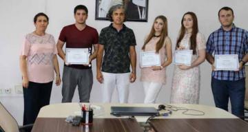 Dağıstanlı öğrenciler katılım belgelerini aldı