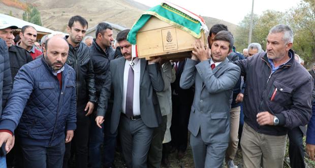 Erzincan Valisi Ali Arslantaş, Gemecik Köyü Muhtarı Ersin Ağtaş'ın Cenaze Merasimine Katıldı