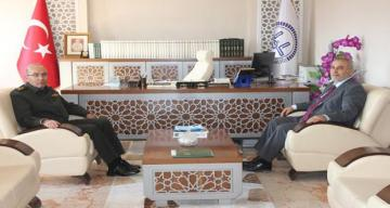 Erzincan 3. Ordu Komutanı Korgeneral Şeref Öngay Erzincan Müftülüğünü Ziyaret Etti