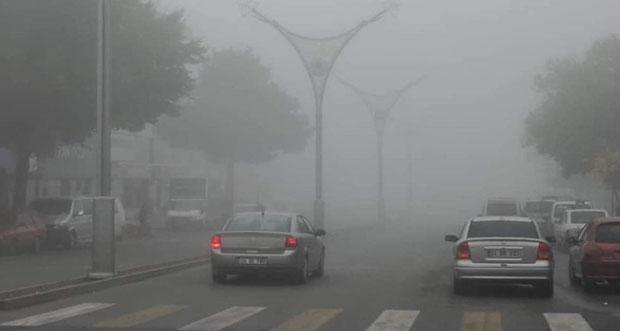 Erzincan, sisli havanın etkisine girdi