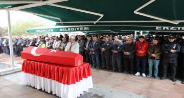 Erzincan Valisi Ali Arslantaş, Demirkutlu ve Demirbaş Ailelerini Acı Günlerinde Yalnız Bırakmadı