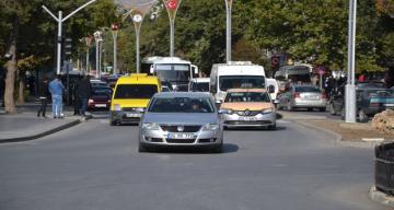 Erzincan'da trafiğe kayıtlı araç sayısı Eylül ayı sonu itibarıyla 60 044 oldu.