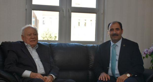 Hayırsever İş Adamı, Hacı Ali Akın İl Millî Eğitim Müdürü Gün'ü Ziyaret Etti