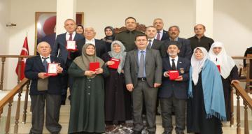 Erzincan Valisi Ali Arslantaş Kıbrıs Gazilerine Madalyalarını Takdim Etti